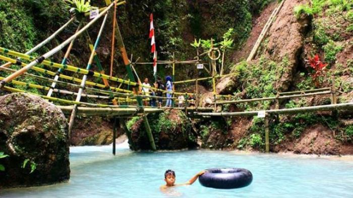 7 Wisata Curug di Jogja, Gemricik Airnya Sungguh Membuat Tenang