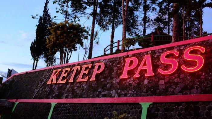 Mengejar Keindahan Panorama Matahari Terbenam di Ketep Pass Magelang - ketep-pass-1.jpg