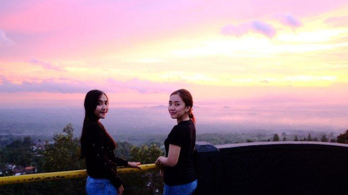 Mengejar Keindahan Panorama Matahari Terbenam di Ketep Pass Magelang - ketep-pass-3.jpg