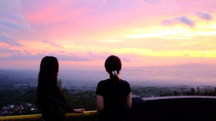 Mengejar Keindahan Panorama Matahari Terbenam di Ketep Pass Magelang - ketep-pass-4.jpg