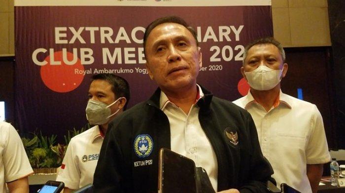 Ketua Umum PSSI, Mohammad Iriawan, ditemui seusai Extraordinary Club Meeting di Royal Ambarrukmo Yogyakarta, Selasa (13/10/2020).