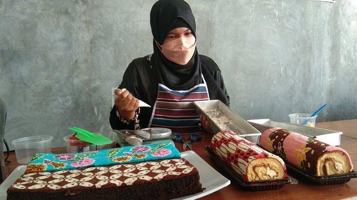 Belajar Secara Autodidak, Begini Kisah Warga Klaten Bikin Brownies Bermotif Batik
