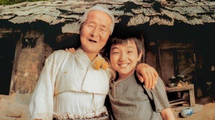Kim Eun Boon, Nenek Yoo Seung Ho di Film The Way Home Tahun 2002 Meninggal Dunia