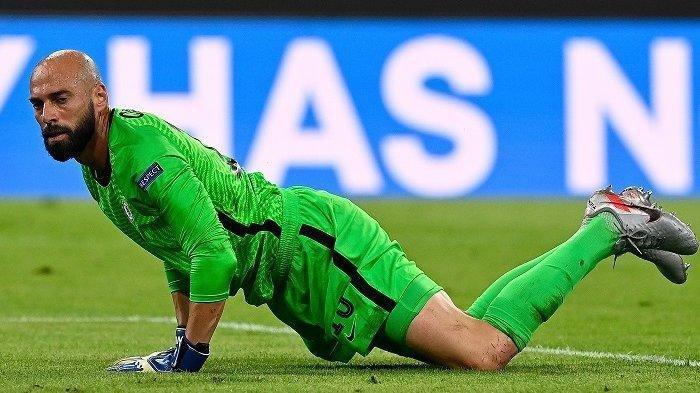 Reaksi kiper Chelsea asal Argentina Willy Caballero dalam pertandingan sepak bola UEFA Champions League, babak kedua babak 16 besar, pertandingan sepak bola FC Bayern Munich v FC Chelsea di Munich, Jerman selatan pada 8 Agustus 2020.