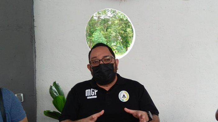 Dirut PT PSS, Marco Garcia Paolo saat memberi keterangan soal pemain asing PSS Sleman kepada wartawan di kawasan Jalan Kaliurang Km 12, Jumat (27/8/2021).