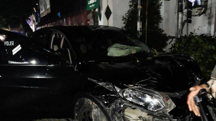 Mengantuk dan Tak Jaga Jarak Aman, Honda HRV Seruduk Kendaraan di Wirobrajan Kota Yogyakarta
