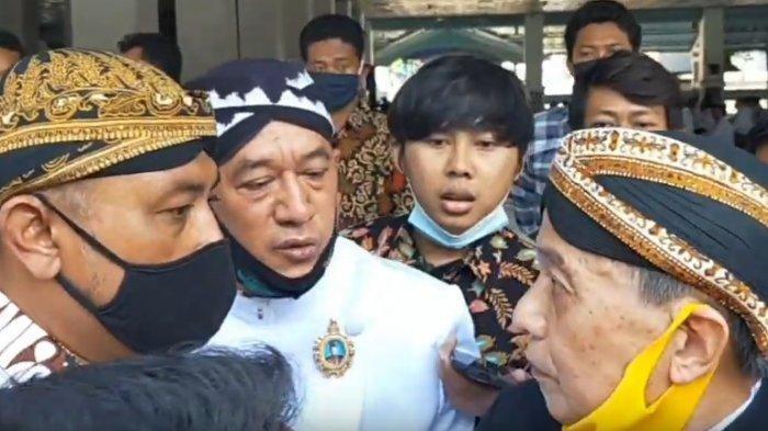 Konflik Internal Keraton Solo Kembali Memanas, Kubu LDA dan Raja PB XIII Terlibat Cekcok