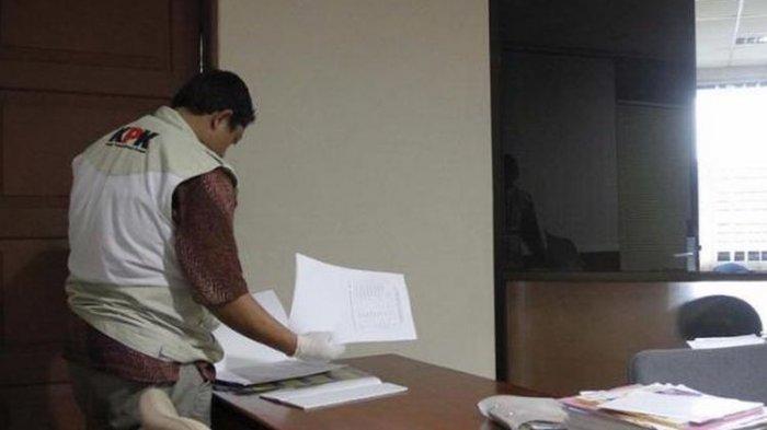 KPK Temukan Dokumen Berisi Catatan Alur Pengajuan Proposal Dana Hibah di Ruang Menpora