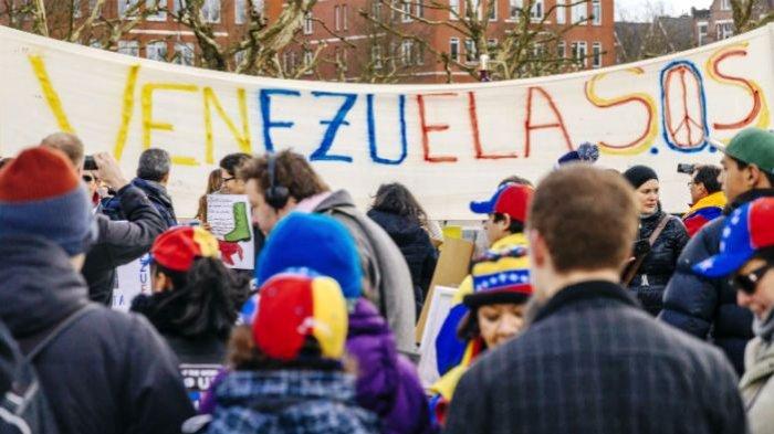 Venezuela, Negara Kaya yang Bangkrut karena Manjakan Rakyatnya
