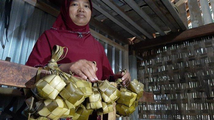 Dari Sini Asalnya Ketupat dari Kupat Tahu, Kuliner Khas Kota Magelang yang Populer - kupat-magelang-3.jpg