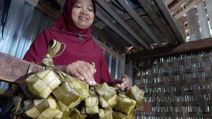 Dari Sini Asalnya Ketupat dari Kupat Tahu, Kuliner Khas Kota Magelang yang Populer - kupat-magelang-4.jpg