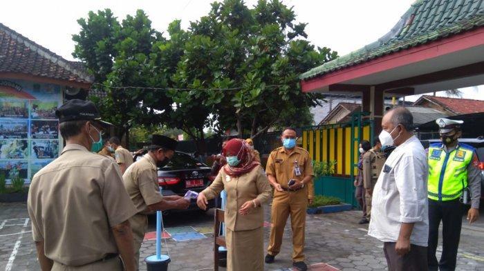 Pantau ASPD SD,Bupati Sleman Kustini Sri Purnomo: Berjalan Baik dan Sudah Sesuai Prokes