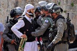 Lagi, Warga Palestina dan Polisi Israel Terlibat Bentrok, Milisi Jalur Gaza Tembakan Roket