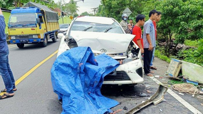 BREAKING NEWS : Terlibat Kecelakaan Karambol di Patuk Gunungkidul, Kepala Puskesmas Gedangsari Tewas