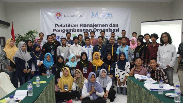 MOEDA Institute Yogyakarta Ajak Mahasiswa JadiKreatif Idealis Berorganisasi Lewat Media Sosial