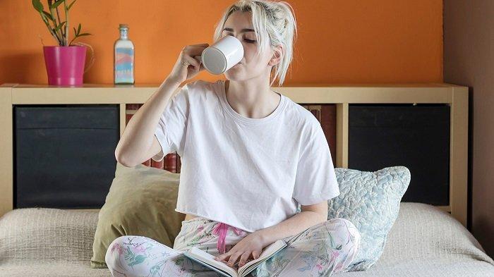 5 Minuman yang Bisa Membantu Tidur Jadi Nyenyak