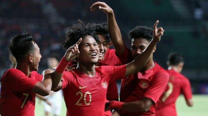 Timnas U-19 Indonesia vs Hong Kong - Menang Telak 4-0, Garuda Muda Pimpin Klasemen