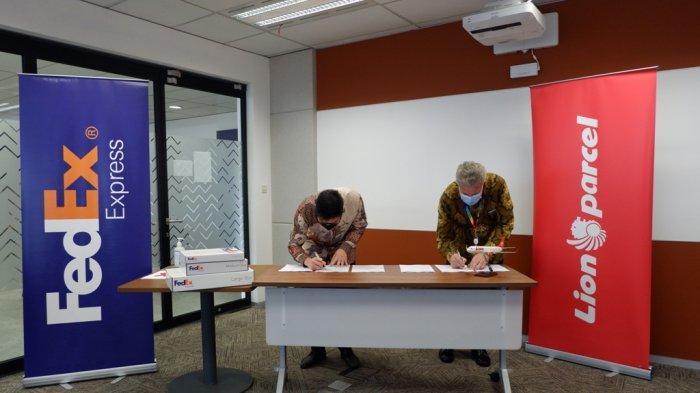 Lion Parcel Jalin Kerjasama dengan FedEx, Berikan Pelayanan Pengiriman Logistik di Indonesia