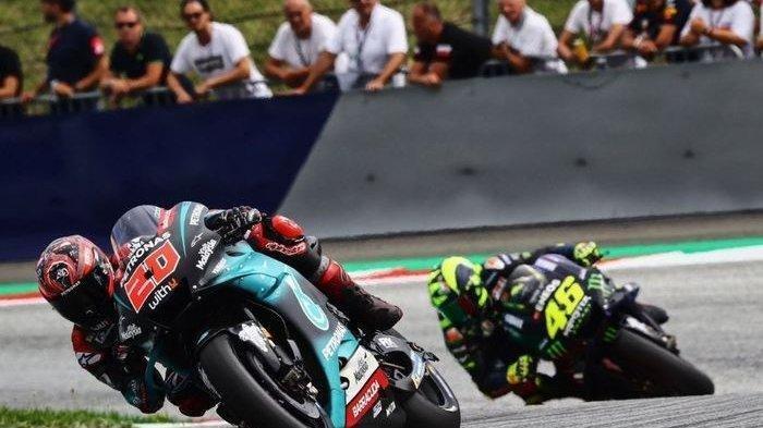 ILUSTRASI - Momen pembalap Petronas SRT, Fabio Quartararo saat berada di depan Valentino Rossi