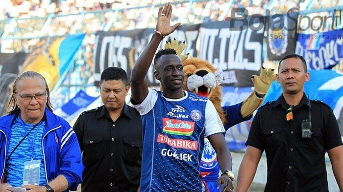Rumor Bursa Transfer Liga 1 2020 : Pernyataan Aji Santoso soal Peluang Makan Konate ke Persebaya