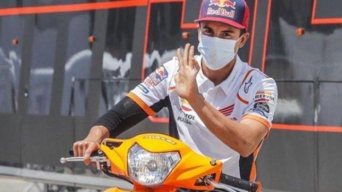Pebalap Repsol Honda, Marc Marquez saat tiba di Sirkuit Jerez untuk seri MotoGP Andalusia 2020.