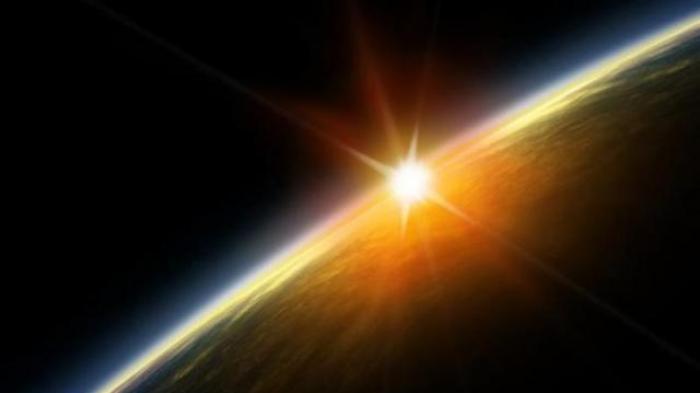 Penjelasan BMKG soal Video Viral Matahari Terbit dari Utara