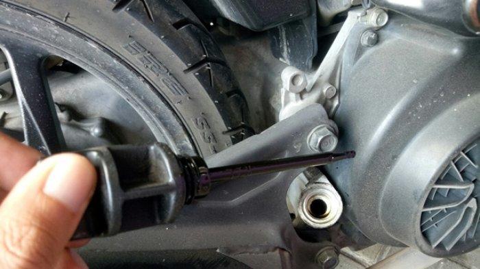 Benarkah Motor yang Kerap Dipakai Sebentar, Usia Olinya Lebih Pendek?