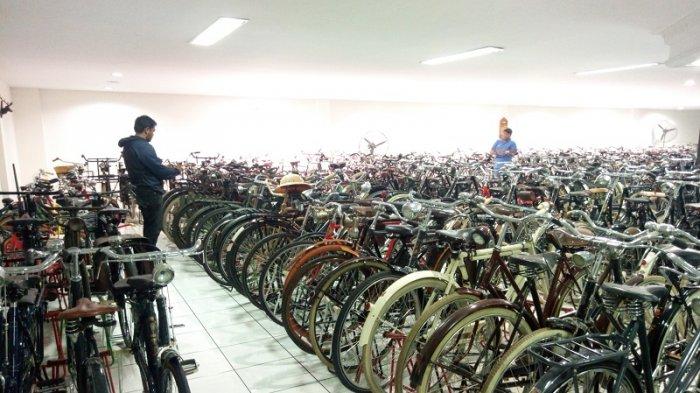 Mengintip Ratusan Koleksi Otomotif Kuno di Museum Merpati Yogyakarta