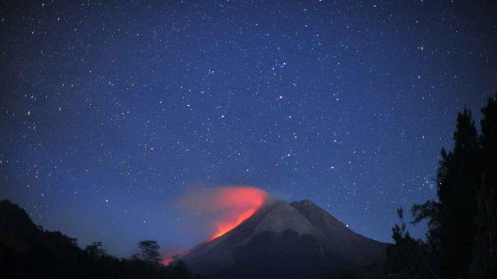 UPDATE Gunung Merapi Minggu Pagi Ini : Ada 7 Kali Guguran Lava Pijar Selama Enam Jam Terakhir
