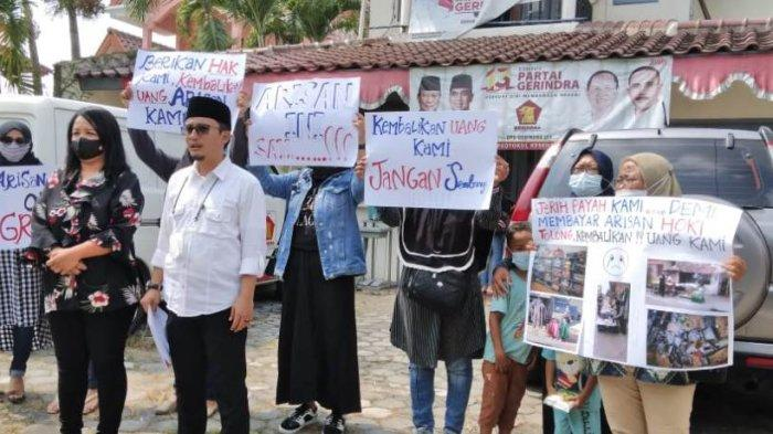 Merasa Ditipu Istri Anggota DPRD Bantul, Peserta Arisan Hoki Geruduk Kantor DPD Gerindra DIY