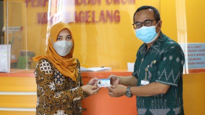 Meski Belum Buka, Perpustakaan Umum Kota Magelang Tetap Layani Pembuatan Kartu Anggota