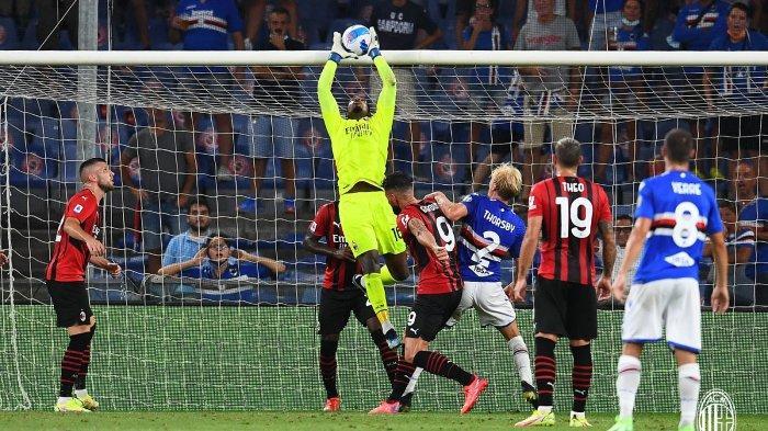 Mike Maignan membuat penyelematan saat Sampdoria vs AC Milan