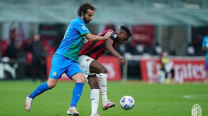 AC Milan 1-2 Sassuolo: Rating Hakan Calhanoglu, Rebic, Leao, Saelemaekers, dan Tomori