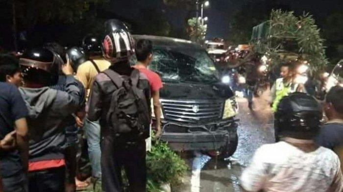 Mobil Mewah Dikejar Ratusan Motor di Surabaya, Berikut Fakta-faktanya