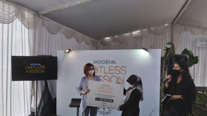 Modena Berikan Donasi ke Sekolah Difabel di Magelang