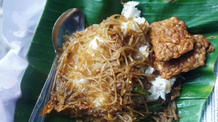 Nasi Soon Bu Roso, Kuliner Sederhana nan Melegenda di Yogyakarta