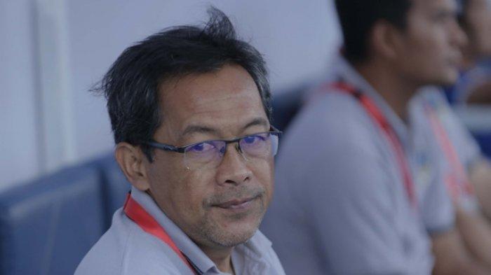 Nasib Aji Santoso Sebagai Pelatih PSIM Yogyakarta Kian di Ujung Tanduk