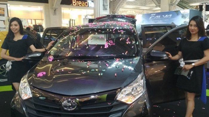 Suasana peluncuran Toyota New Calya di Jogja City Mall pada Kamis (19/9/2019).