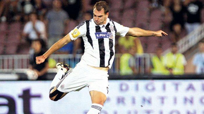 Nemanja Kojic saat memperkuat Partizan Belgrade.