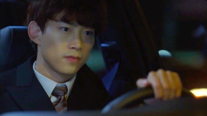 Ok Taecyeon sebagai Jang Jun Woo dalam drama Korea Vincenzo