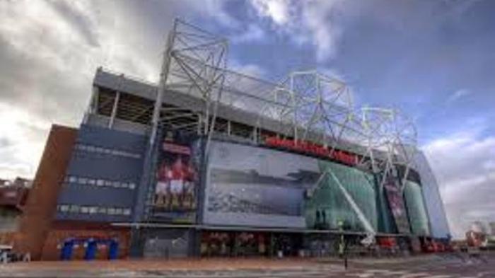 Manchester United Batal Perluas Stadion Old Trafford