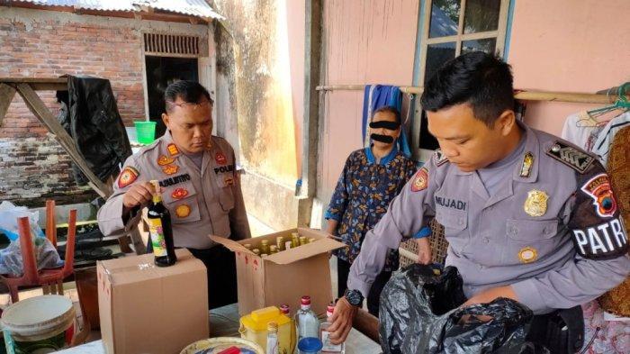 Operasi Pekat di Magelang, Polisi Amankan Puluhan Botol Miras Dijual di Warung