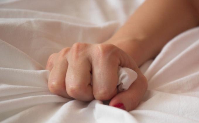 Mitos atau Fakta Orgasme Bisa Jadi Obat Pereda Nyeri dan Menyembuhkan Migrain?