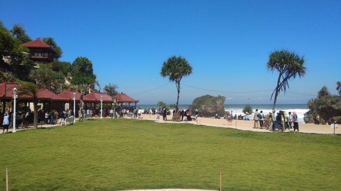 Pantai Ngrawe Destinasi Wisata Baru Di Gunungkidul Yang Jadi Primadona Saat Libur Lebaran Tribun Jogja