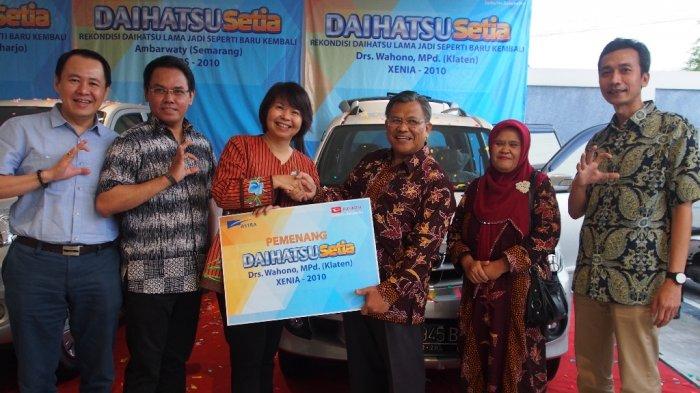 Daihatsu Serahkan 3 Unit Rekondisi Pelanggan Setia di Yogyakarta