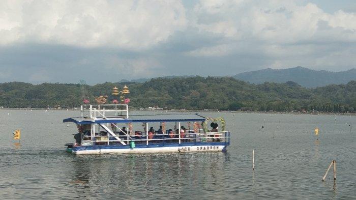 Pastikan Keamanan, Perahu Wisata di Obyek Wisata Rawa Jombor Klaten Dicek