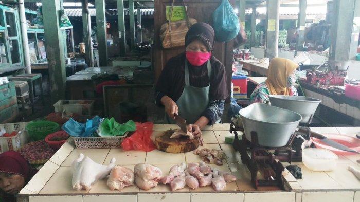 Jelang Lebaran, Harga Daging Ayam Ras dan Minyak Goreng di DI Yogyakarta Melambung