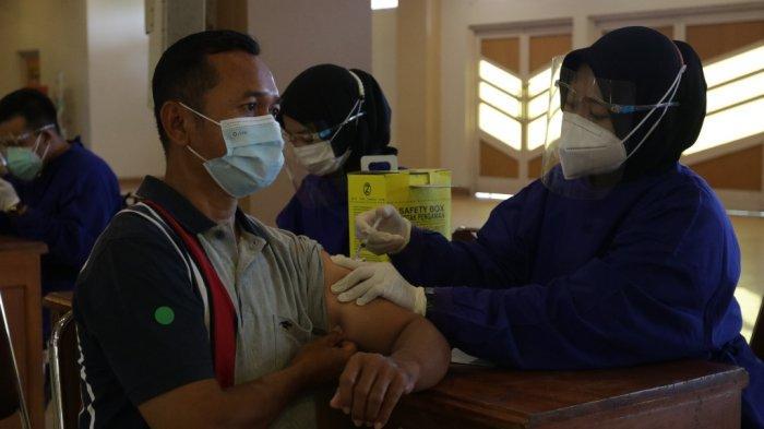 UMY Gelar Vaksinasi Kedua untuk 1.691 Civitas Akademika