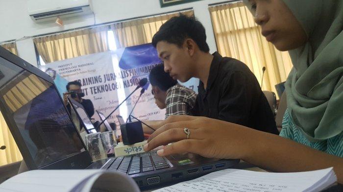 Weekend Asyik Belajar Jurnalistik di Kampus ITNY