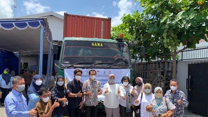 Plt Dirjen IKMA Kemenperin Lepas Ekspor Produk Kerajinan dari Empat Perusahaan di DI Yogyakarta
